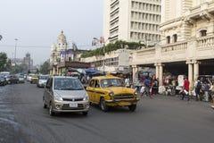 Taxi de Ambasador en Kolkata, la India Imagen de archivo libre de regalías