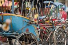 TAXI DE BICYCLETTE DE L'ASIE THAÏLANDE BANGKOK NOTHABURI TRANSORT Photo libre de droits