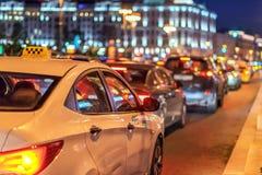 Taxi in de nachtstad Royalty-vrije Stock Afbeelding
