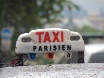 Taxi de Paris photographie stock
