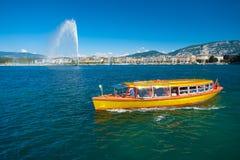 Taxi del agua de Ginebra del lago fotos de archivo