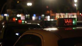 Taxi del centro stock footage