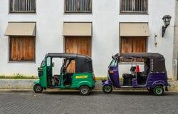 Taxi del tuk de Tuk en la calle en Galle, Sri Lanka imagen de archivo libre de regalías