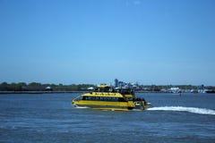 Taxi dell'acqua di NY Fotografia Stock Libera da Diritti