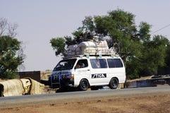 Taxi di Bush nel Burkina Faso a Koupela Immagine Stock