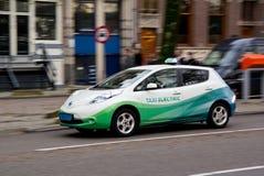 Taxi electical de Nissan Leaf Imagen de archivo libre de regalías