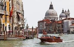 Taxi en Venecia Foto de archivo libre de regalías