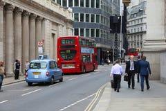 Taxi et autobus de Londres Photos libres de droits