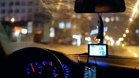 Taxi gps-Fahrernacht stock footage