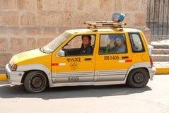 Taxi i Arequipa, Peru Arkivbild