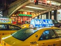 Taxi i den Pershing fyrkanten Arkivbild