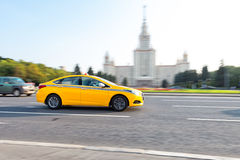 Taxi jeżdżenie w Moskwa Fotografia Stock