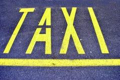 taxi kolor żółty Fotografia Stock