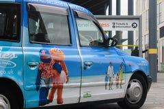 Taxi in Liverpool in Großbritannien Stockfotografie