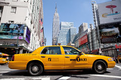 Taxi in Manhattan stock photography