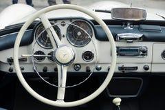 Taxi Mercedes-Benz 190SL Arkivbilder