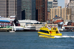 Taxi NYC del agua Fotografía de archivo libre de regalías