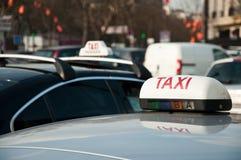 Taxi parisien Photos libres de droits