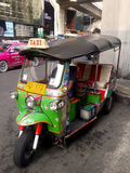 Taxi populaire en Thaïlande (TUKTUK) Photo stock