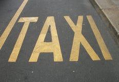 Taxi por favor - Milán Foto de archivo