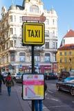 Taxi stojak w Prague Zdjęcia Royalty Free