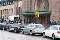Taxi sur des rues de Helsinki Photos libres de droits