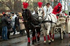 Taxi under en marsch som firar Epiphany Arkivbilder