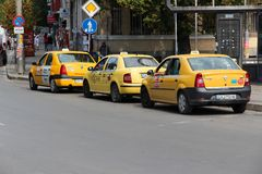 Taxicabines in Sofia Stock Afbeelding