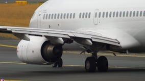 Taxiing do jato do negócio de PrivatAir Boeing video estoque