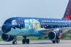 taxiing för flygplan Royaltyfria Bilder