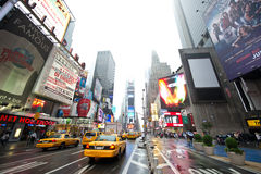 Taxis dans les Times Square Photographie stock