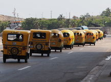 Taxis de Cocos en Havana Cuba photos libres de droits
