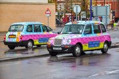 Taxis del parque tecnológico de Oxford, Reino Unido fotos de archivo libres de regalías