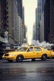 Taxis en Times Square Imagen de archivo libre de regalías