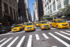 Taxis in Manhattan Stock Foto's