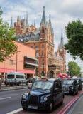 Taxis noirs de Londres Photographie stock