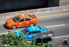Taxis tailandeses y Tuk Tuk Imágenes de archivo libres de regalías