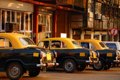 Taxistandplaats in India stock foto