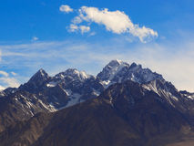 Taxkorgan-Gebirgsspitze, an Pamirs-Hochebene, Xinjiang, China stockbild
