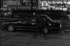 Taxy en Tokio imagen de archivo