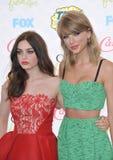 Taylor Swift & Odeya rusar Royaltyfri Fotografi