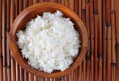 Tazón de fuente de arroz cocinado Imágenes de archivo libres de regalías
