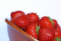 Tazón de fuente de fresas Fotografía de archivo
