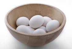 Tazón de fuente de huevos Imagen de archivo libre de regalías