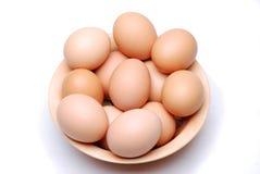 Tazón de fuente de huevos frescos Fotografía de archivo libre de regalías