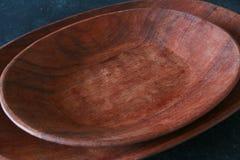 Tazón de fuente de madera imagen de archivo libre de regalías