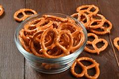 Tazón de fuente de pretzeles Fotografía de archivo