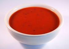Tazón de fuente de sopa del tomate Fotos de archivo libres de regalías