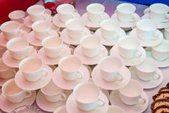 Taza blanca de café o de té Imagenes de archivo