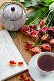 Taza blanca del té Imágenes de archivo libres de regalías